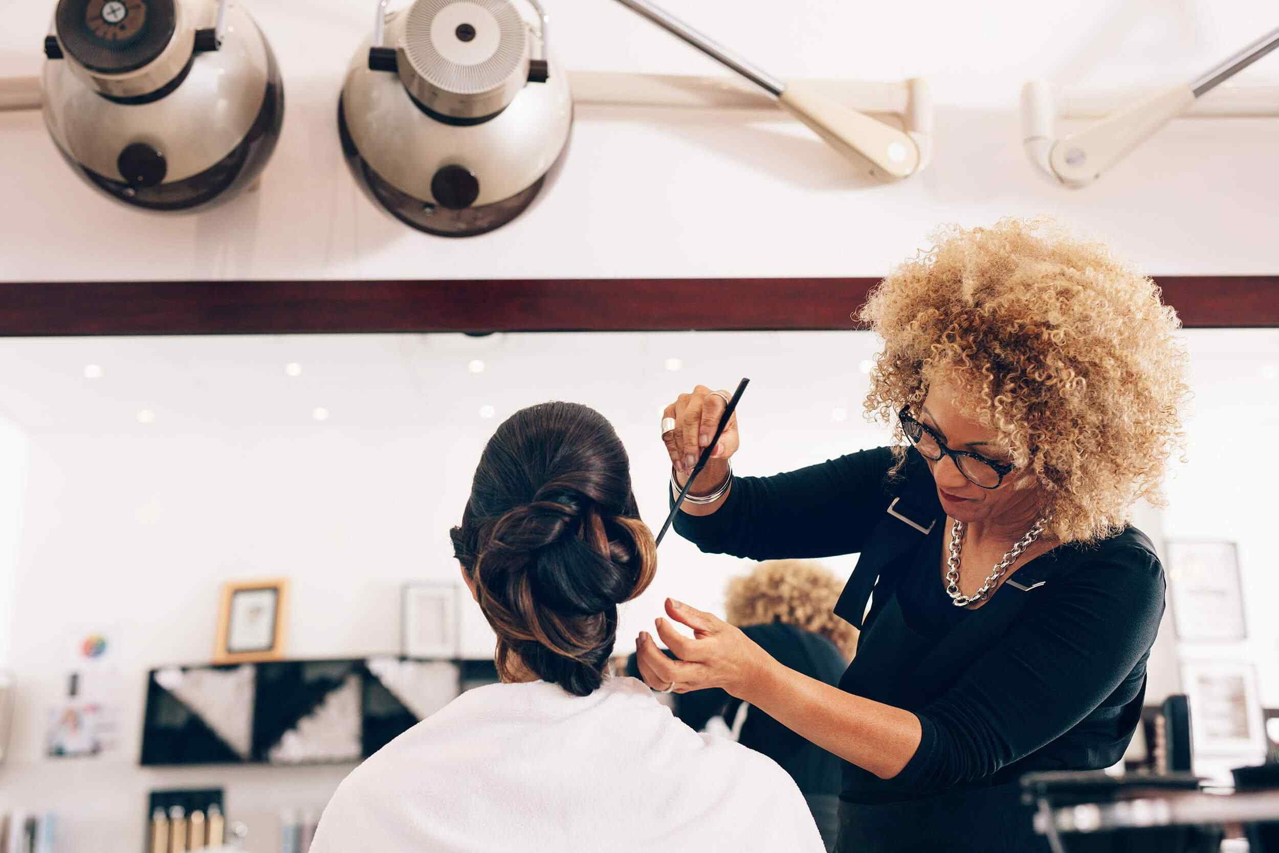 hairdresser-stylize