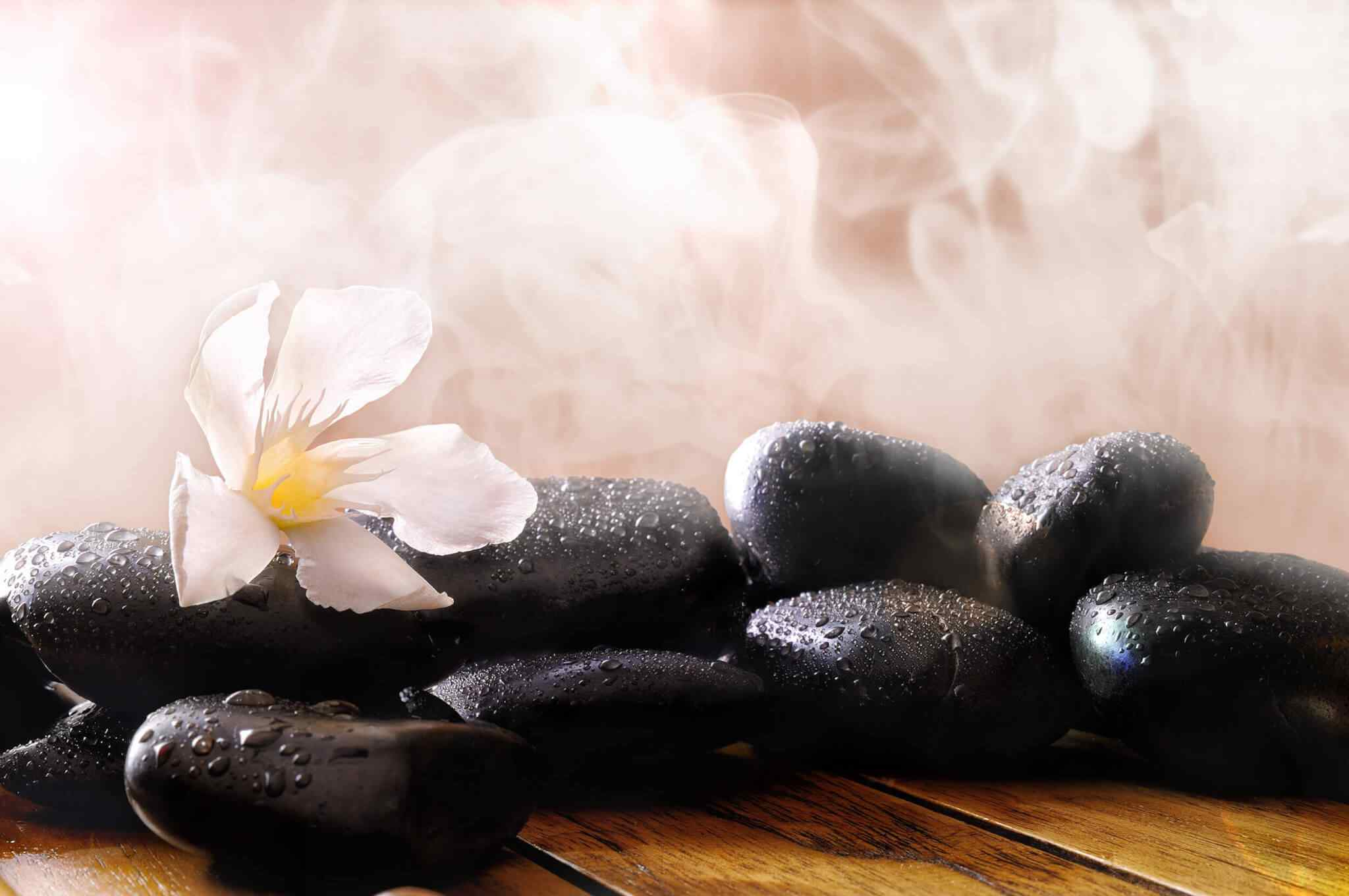 https://beauty-tuttlingen.de/wp-content/uploads/2018/11/spa-stone-massage-4.jpg